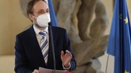 Ultimátum vypršalo. Česko znižuje počet ľudí na ruskej ambasáde