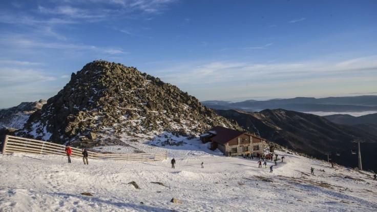 Na jarnú lyžovačku ešte nie je neskoro. Na Chopku spúšťajú lanovky