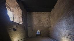 Unikátny objav v Taliansku. Našli 2000-ročnú mramorovú hlavu prvého cisára