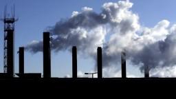 Poplatky pre znečisťovateľov ovzdušia sa zmenia. Ministerstvo si sľubuje milióny