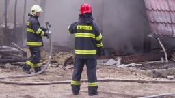 V Žiline horel bytový dom. Bez strechy nad hlavou zostalo vyše 30 ľudí