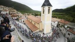 Sagan v horskej etape šetril sily. Suverénne zvíťazil Kolumbijčan Bernal