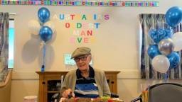 111-ročný Austrálčan prezradil svoje tajomstvo na dlhovekosť