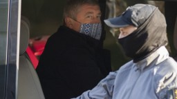Bývalý špeciálny prokurátor Kováčik zostáva vo väzbe. Senát jeho sťažnosť zamietol