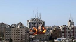 Izrael a Hamas súhlasili so zastavením paľby. Dodržia prímerie?
