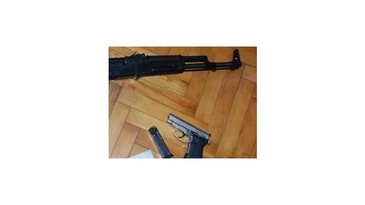 V Tornale sa strieľalo, zranení sú dvaja muži