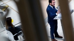 Katalánsko má nového premiéra. Stal sa ním Pere Aragonès