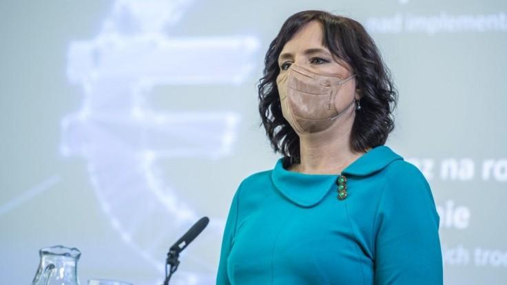 Novela proti byrokracii ušetrí ľuďom 100 kíl nervov a 42 miliónov eur ročne, tvrdí Remišová