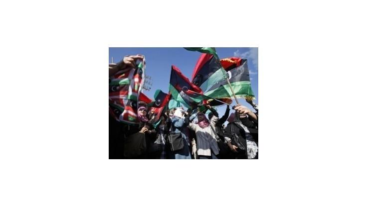 Líbya má za premiéra bývalého diplomata