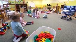 O nedostatku miest v materských školách sa hovorí už mesiace, vyriešia situáciu nulté ročníky?