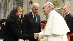 Stretnutie pápeža a Bidena sa blíži. Zísť by sa mohli už tento mesiac