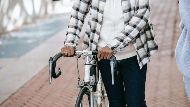 Môžete bicyklovať s hemoroidmi? Takáto bude odpoveď vášho tela