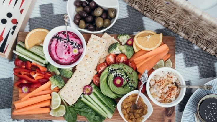 Pripravte si nákupný zoznam. Tieto letné potraviny vás hydratujú a nepriberiete ani kilo
