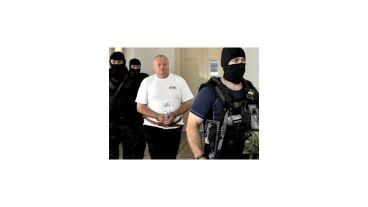 Hurbanovského strelca Juhásza znalci navrhujú do ústavu