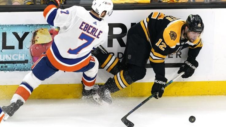 NHL: Islanders porazili Boston a idú ďalej, o účasť vo finále si zahrajú proti Tampe
