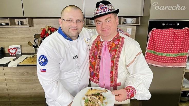VIDEORECEPT Pečené kuracie stehná so zemiakovou plnkou