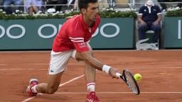 Djokovič vyradil Nadala, vo finále ho čaká Tsitsipas