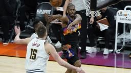 NBA: Suns zvíťazili na palubovke Nuggets, sú už iba krok od postupu do semifinále