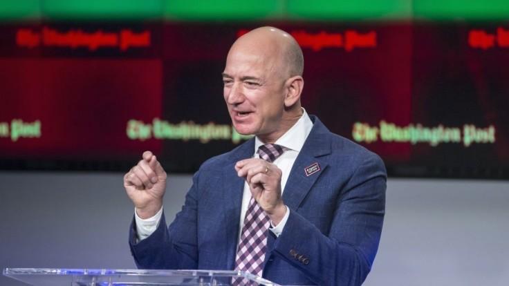 Bezos má tretieho člena posádky. Let do vesmíru vydražil za milióny