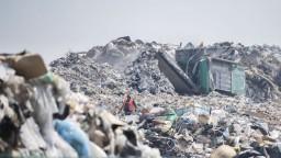 Envirorezort chce zmenšiť počet skládok, pomôcť má aj separácia kuchynského odpadu
