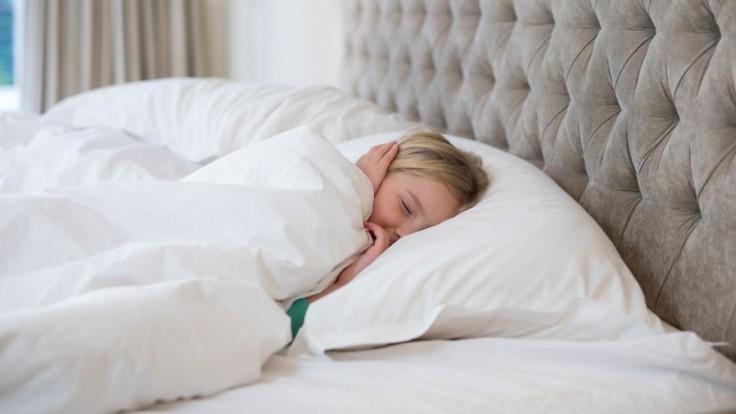 Pred koncom školského roka je dôležitý kvalitný spánok, upozorňuje detská psychologička