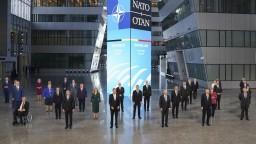 Hrozbu predstavujú Čína, Rusko aj kybernetické útoky, zhodli sa na summite lídri NATO