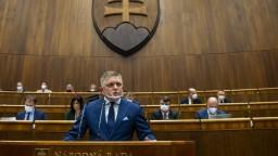 Fico viní koalíciu z diabolského plánu. Chce vraj pozatvárať členov opozície