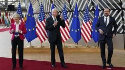 Biden rokoval s lídrami EÚ, sľúbil novú éru vzájomných vzťahov