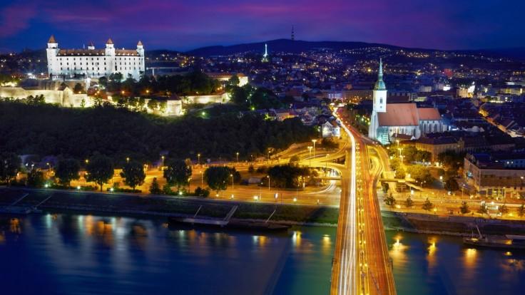 Podnikáte v malom meste či na vidieku, ale chcete mať sídlo firmy v Bratislave? Využite službu virtuálnej adresy