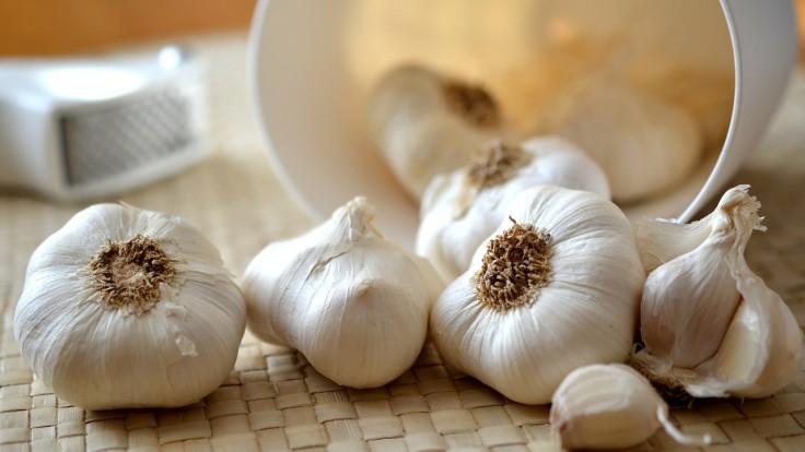 Pečeň miluje cesnak, koľko a v akej forme?