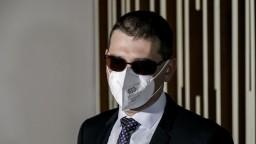 Szabóa navrhli odvolať, rozhodnúť musí vláda