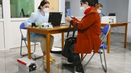 Koronavírusu podľahlo desať ľudí, PCR testy odhalili vyše 60 nakazených