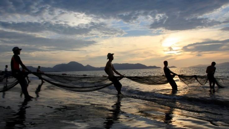 Ľudia musia opustiť pláže, po zemetrasení hrozí cunami