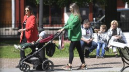 COVID automat: Väčšina Slovenska bude od pondelka žltá, červený ostáva jeden okres