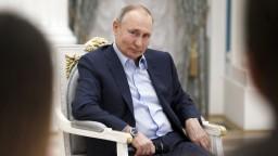 Rokovanie s Bidenom nebude novinkou, Putin sa stretol už so štyrmi prezidentmi USA