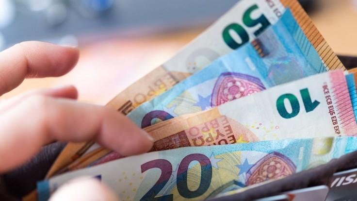 Rezort práce vyplatil z Prvej pomoci už takmer 2 miliardy eur