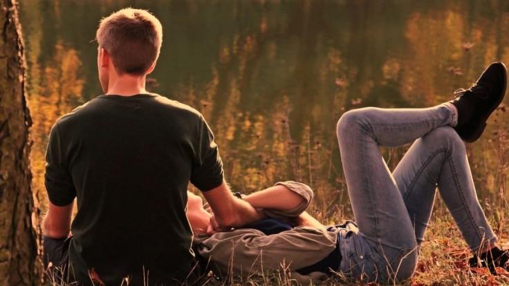 Tisícky žien sa zhodli na tom, čo hľadajú v partnerovi. Plná peňaženka ani svaly to nie sú