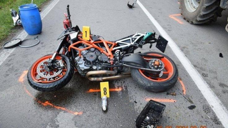 Tragická dopravná nehoda si vyžiadala život 35-ročného motocyklistu