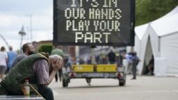 Británia eviduje po prvý raz za 4 mesiace vyše 10-tisíc infikovaných za 24 hodín