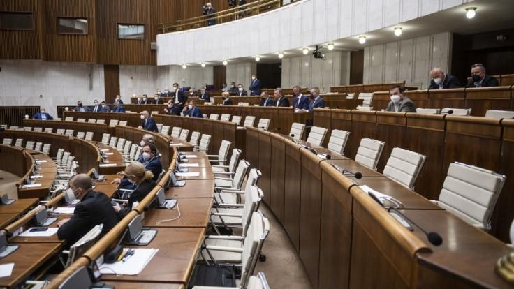 NR SR: Živnostenské podnikanie by sa mohlo zjednodušiť, v pléne vystúpia i europoslanci