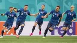 Slovenskí futbalisti majú šancu si zaistiť postup, rozhodne zápas so Švédskom