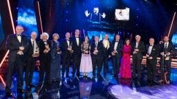 Krištáľové krídlo ocení významné osobnosti Slovenska za rok 2020