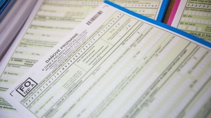 Odložili ste si daňové priznanie?  Máte už len dva týždne na jeho vybavenie