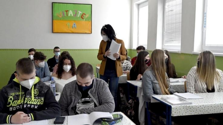 Zákon o pedagógoch plánujú upraviť, rezort chce viac kandidátov na riaditeľov škôl