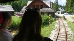 Po rokoch opravia poškodenú železničku, turisti ju tak cez leto nevyužijú