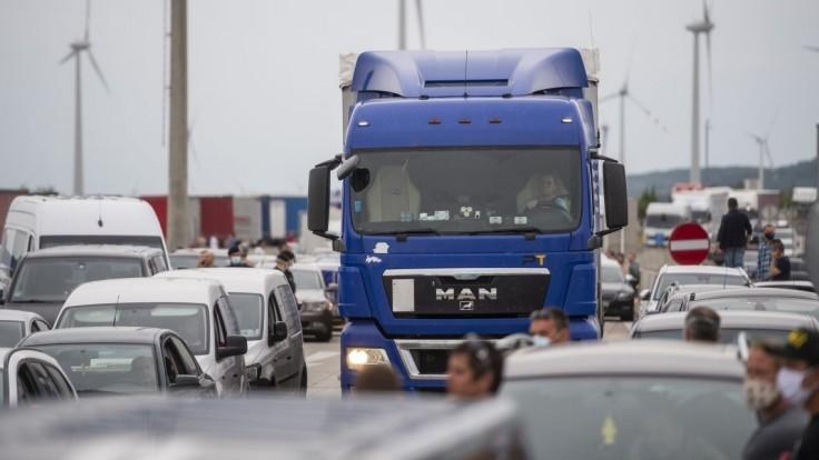 Doprava pri Bratislave bude obmedzená, k dispozícii bude do konca leta len jeden jazdný pruh
