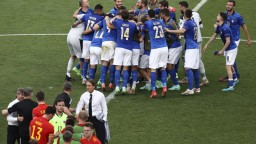 Taliani potvrdili prvenstvo v A-skupine, Wales si napriek prehre vybojoval postup do osemfinále