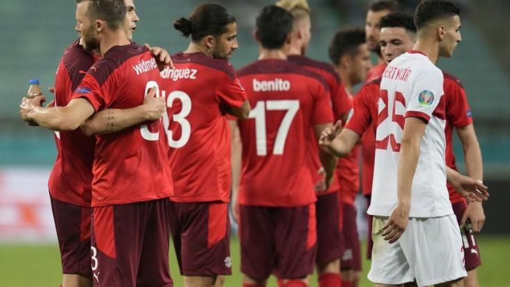Švajčiari si udržali šancu na postup, vo svojom záverečnom zápase A-skupiny si poradili s Tureckom