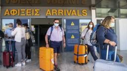 Grécko zmierňuje opatrenia pre turistov. Pri vstupe do krajiny postačia antigénové testy