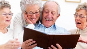 Ľudia žijú oveľa dlhšie, starnutie sa však podľa vedcov zastaviť nedá